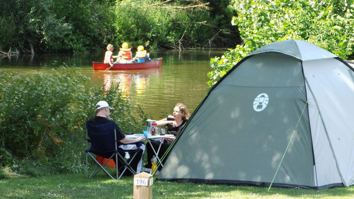Draußen Schlafen Ohne Zelt Tipps : Camping urlaub mit der natur lebensart reisen